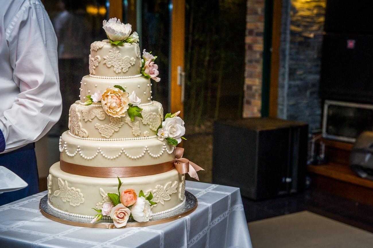 Esküvői fotós - Esküvői fotózás - Helga és Gabor - Duna Garden - szegfi robert photography