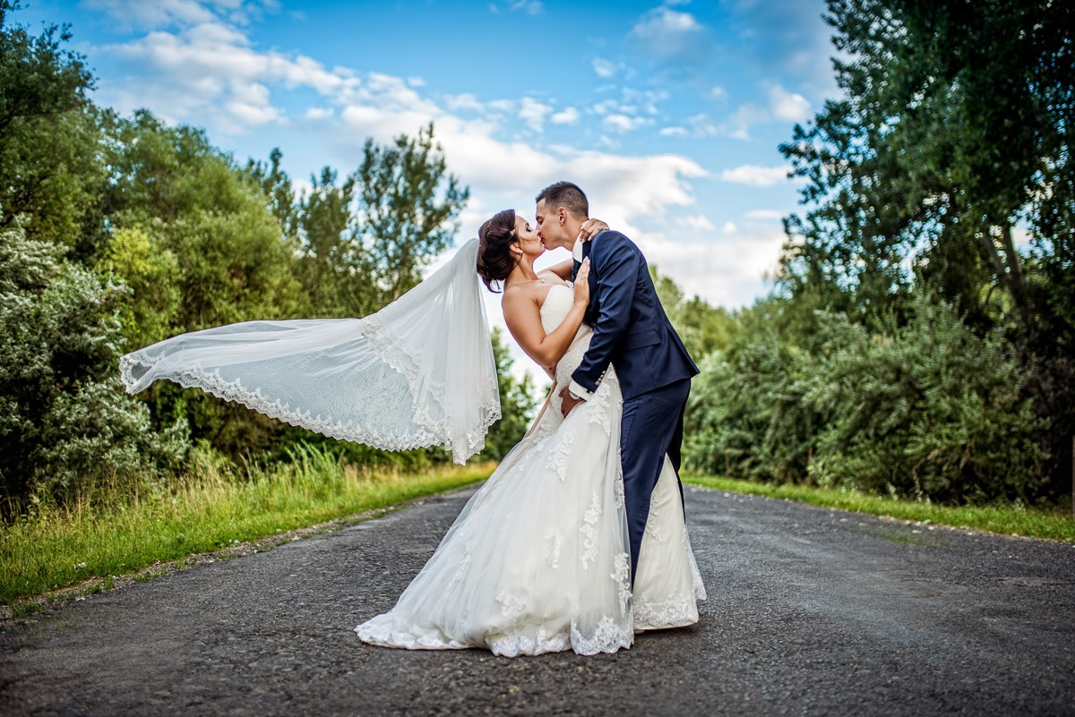 Esküvői fotós - Esküvői fotózás - Szandi És Peti - szegfi robert photography